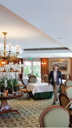 Philips' hospitality lighting products at Restaurant La Rive are adjustable, making them more sustainable